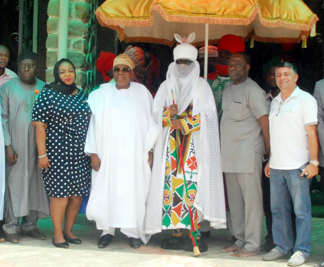From left, Alhaji Abu Aminu Alidu, Station Manager, SAHCOL; Mrs Senanu Ladipo, Relationship Manager, First Bank; Alhaji Muneer Bankole, Managing Director, Med-View Airline; His Highness  Alhaji Muhammad Sanusi II, The  Emir of Kano; Captain Usman Saleh and Mr Jalal Ammouri, Director, Med-View Airline during a reception for Med-View Airline team by the Emir of Kano in his palace to felicitate with the Airline on its Lagos-Kano inaugural flight on Wednesday. Photo Lamidi Bamidele