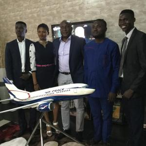 Air Peace Chairman/Chief Executive Officer, Barr. Allen Onyema flanked by the National President of the National Association of Niger-Delta Students, Comrade Martins Abebe (2nd right), Public Relations Officer, Godspower Osogbueh (right), Mobility Officer, Ufot Enobong (left) and Faith Matthew during the visit